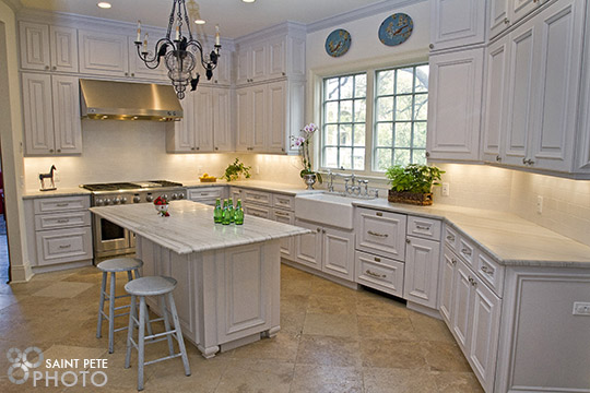 Who wouldn't want to cook in this kitchen?